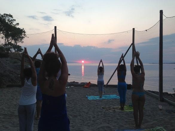 Yoga Αιγινήτισσα Αίγινα