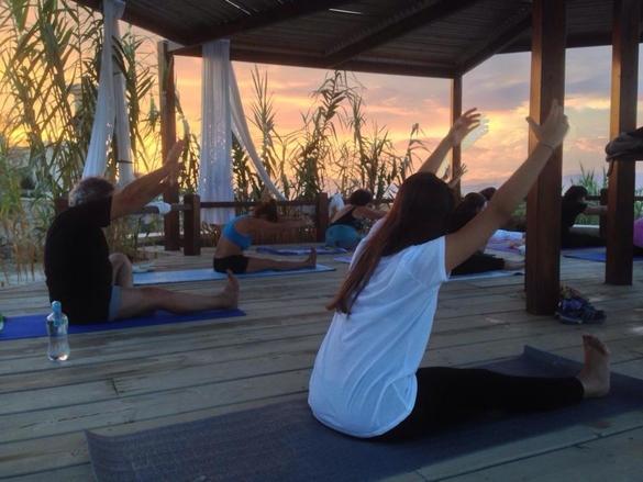 yoga Aegina Irides
