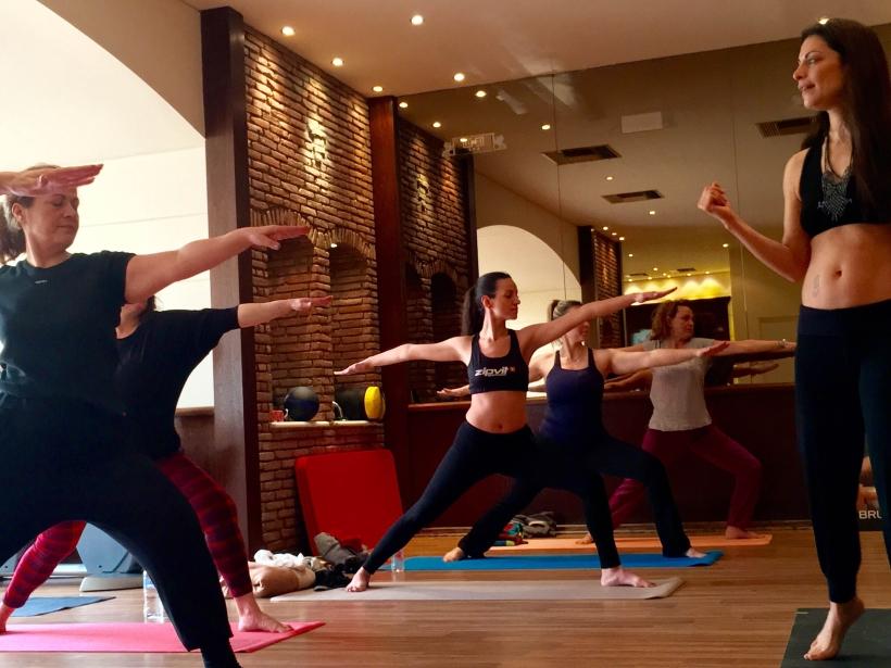 Yoga στο Κέντρο της Αθήνας με τη Φωτεινή Μπήτρου