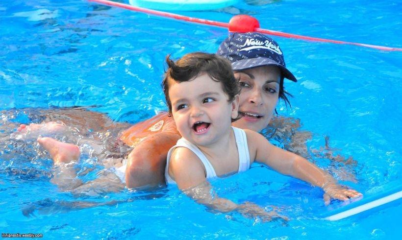 Κολύμβηση για Παιδιά στην Αίγινα – Θερινά Μαθήματα 2018 με τη Φωτεινή Μπήτρου