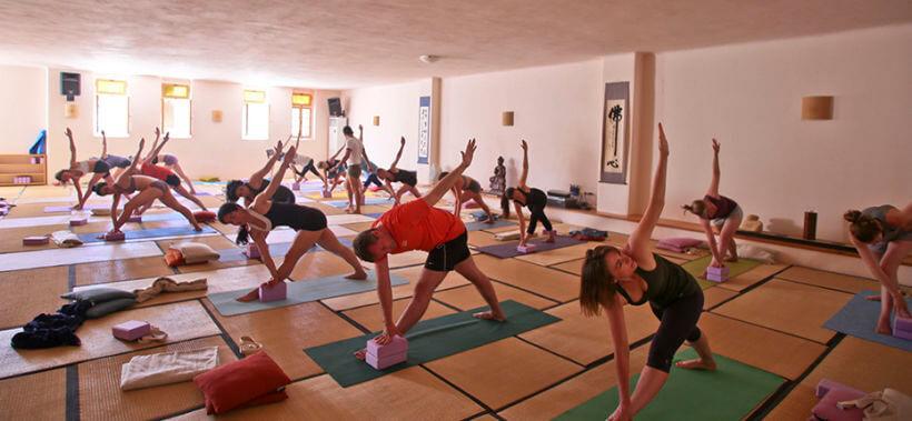 yoga retreat 2017 paros
