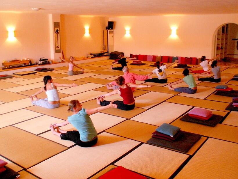 yoga retreat paros Greece 2017