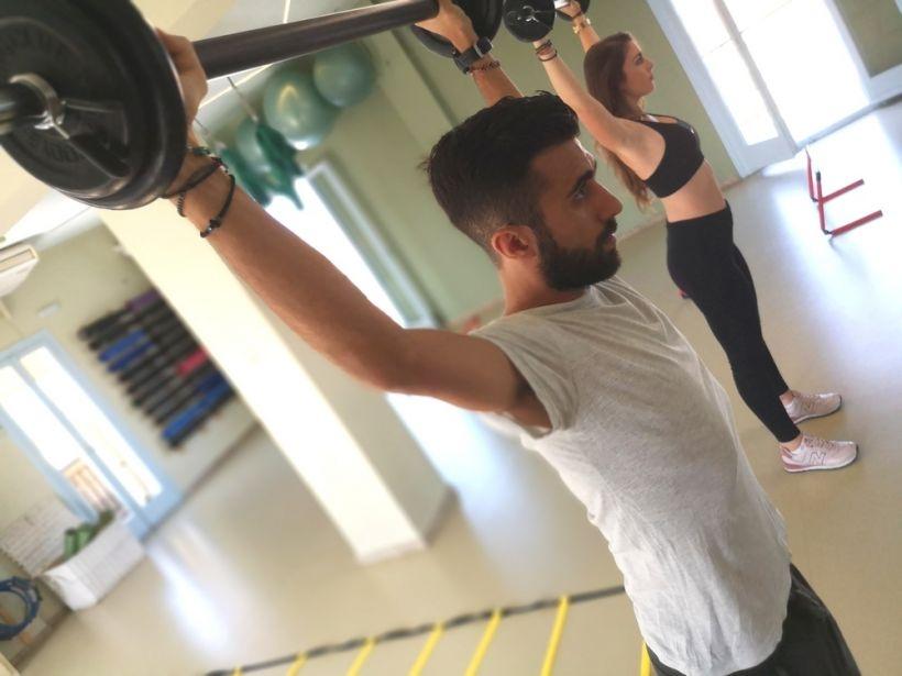 Προπόνηση στο γυμναστήριο ή έξω; NEO ΠΡΟΓΡΑΜΜΑ IN & OUT