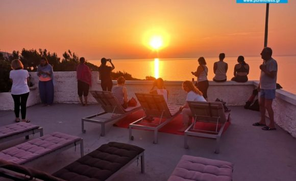 Ένα απο τα Δημοφιλέστερα Yoga Retreat στην Ελλάδα το 2019, στην Μοναδική Ικαρία με τη Φωτεινή Μπήτρου για 4η Χρονιά