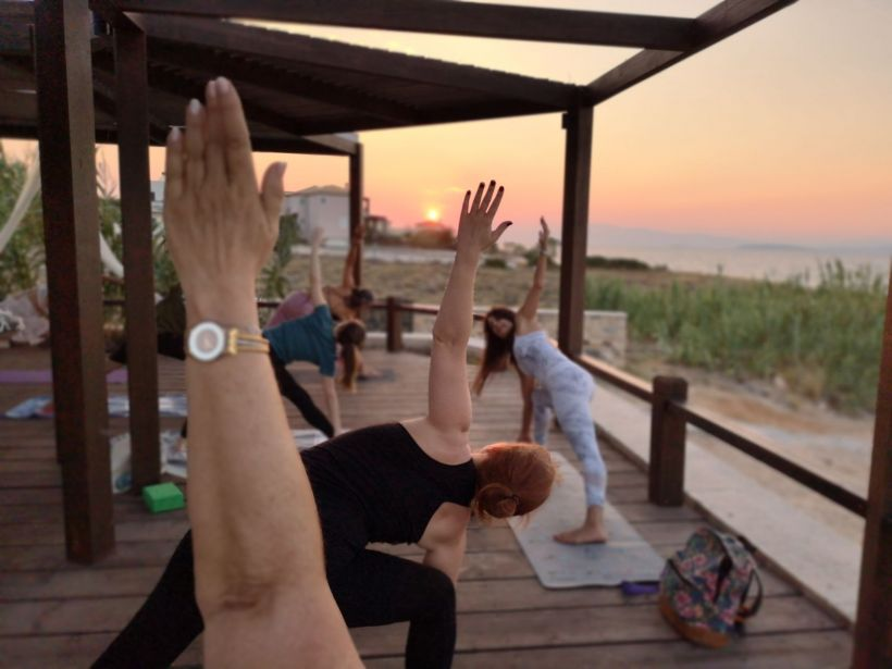 sunset yoga Aegina