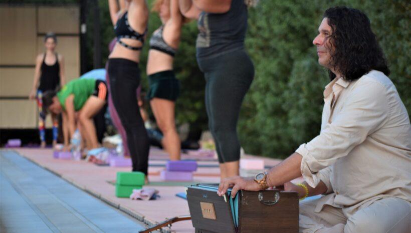 Τι είναι η Kirtan Yoga ?